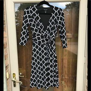 White House Black Market Dress! Size 2